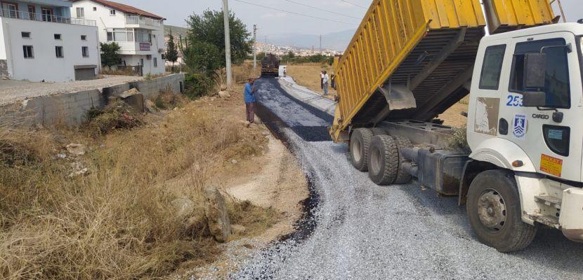 Milas Belediyesinin sathi asfalt çalışmaları sürüyor.