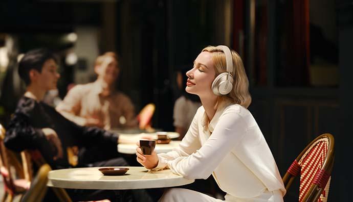 Huawei'den müthiş kulaklık