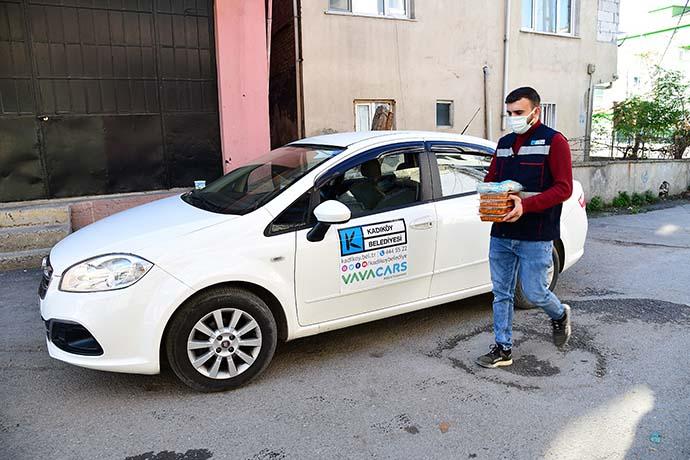 Kadıköy Belediyesi'nden Covid-19 hastalarına ücretsiz sıcak yemek