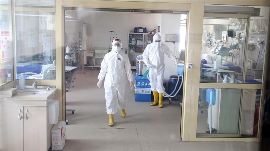 Türkiye'de son 24 saatte 112 kişi koronavirüsten hayatını kaybetti